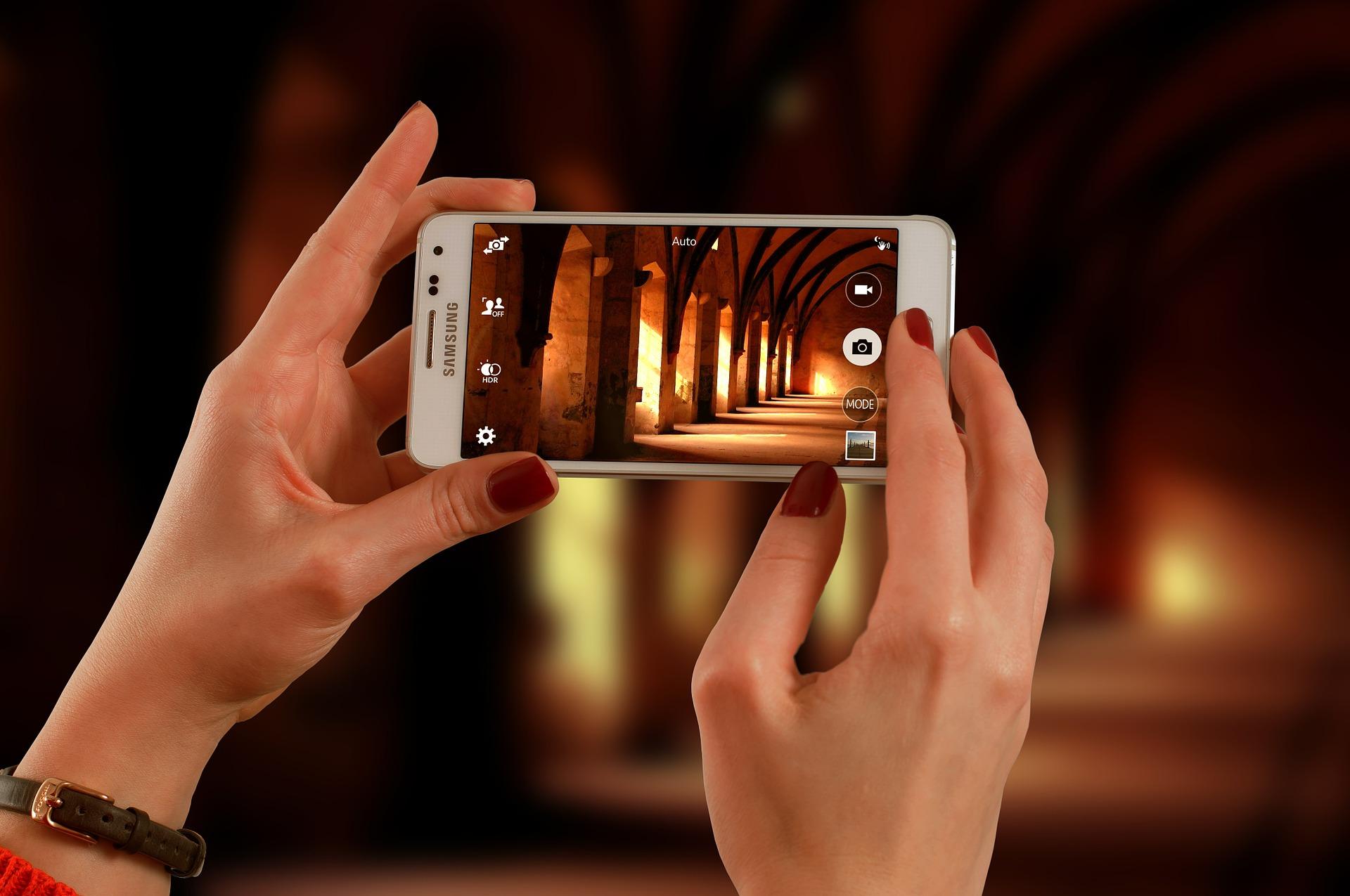 Vuoi Semplificare il tuo business? Realizziamo app Mobile ad hoc per te e per la tua azienda